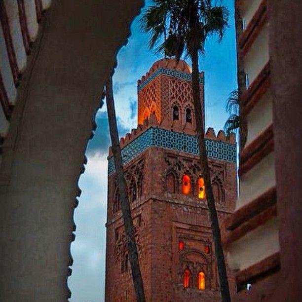 Доброй Ночи из сказочного Марракеш, дорогие подписчики!🌌🇻🇳 Goodnight from amazing city - Marrakesh!  Buenas Noches desde magnifica ciudad de Marrakesh!  www.darlayyina.com  #morocco #marrakech #marrakesh #africa #medina #city #travel #amazing #place #places #vacation #luxuryliving #luxury #отдых #отпуск2015 #отпуск2016 #отпуск #лучшийгородземли #лучшееместо #марракеш #марокко #viaje