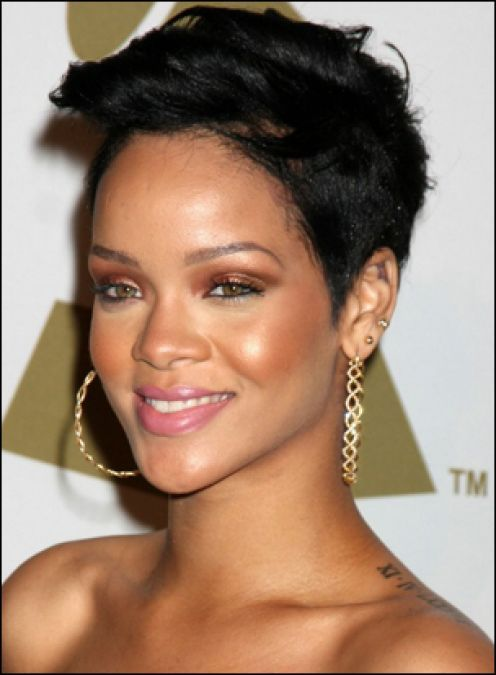 Short Hairstyles for Black Women Over - Looking for beautiful short haircuts for black women, check out 1966mag.com