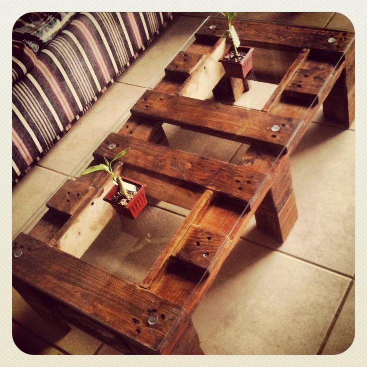 Mesa de centro en pallets. Hecha en casa. Nido Arquitectos ® / Martin Carcamo + Sofia Garcia