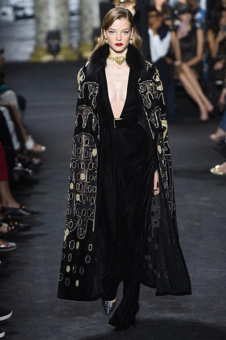Défilé Elie Saab Haute Couture automne-hiver 2016-2017 2