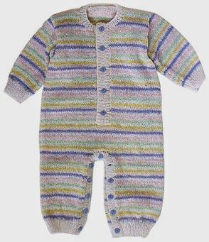 pijama tejido a rayas para bebe