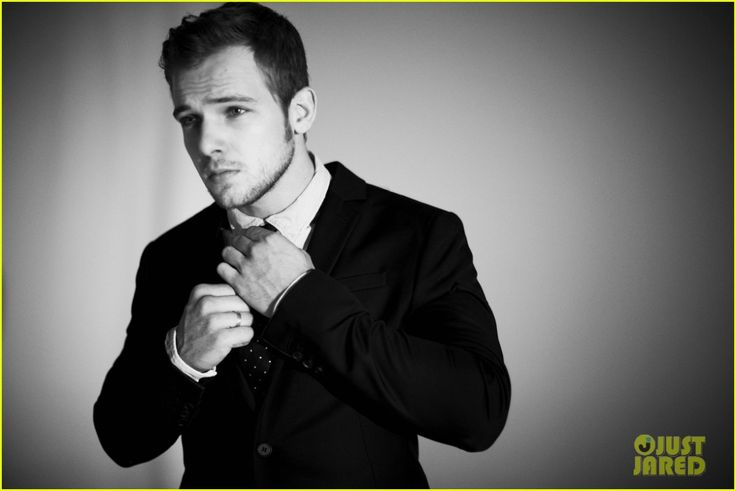 Max Thieriot Bates Motel Max thieriot bates motel
