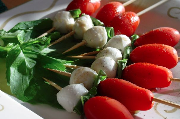 No cook appetizers for summer entertaining caprese salad for No cook appetizers for thanksgiving