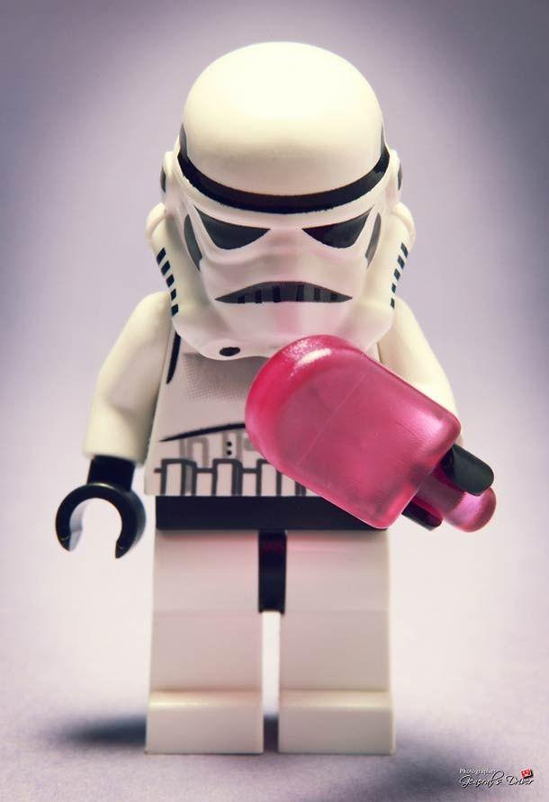 lego stormtroopers...they need ice cream too!