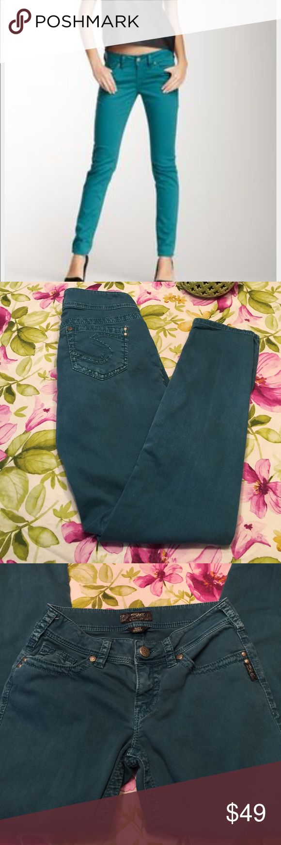 "Silver turquoise jeans Gently used   So cute. Suki skinny   Inseam 31"" Silver Jeans Jeans Skinny"