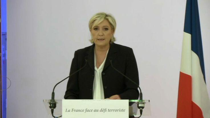 """Marine Le Pen: """"Des Français sont agressés, blessés et même tués parce qu'ils sont juifs"""""""