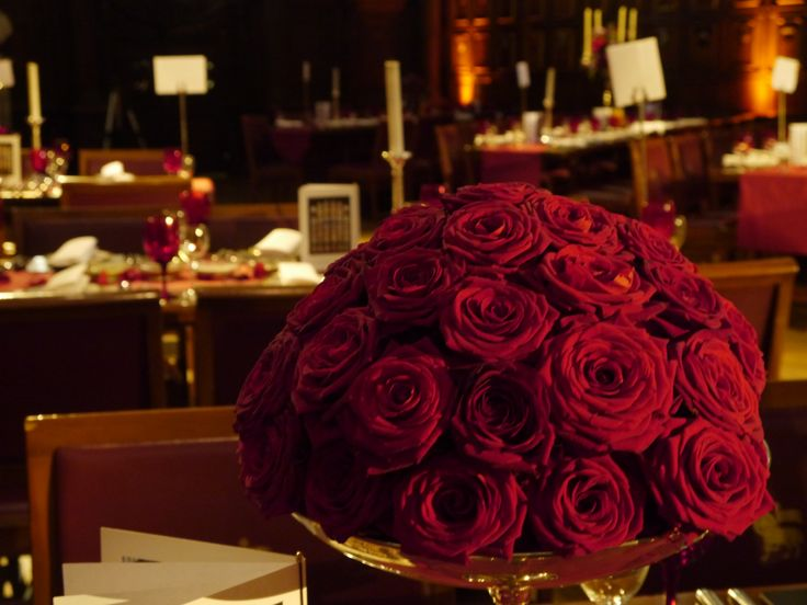 Amazing red roses centrepieces