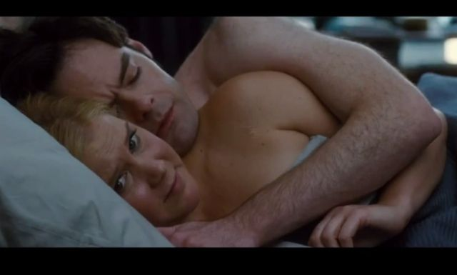 Video: Amy Schumer Takes Spotlight In Trailer For Judd Apatow Film Trainwreck