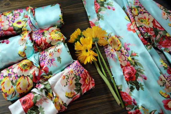 SET OF 7   - Satin Floral Bridesmaid Robes!  - One-Size-Fits-Most (XS-XL), they…