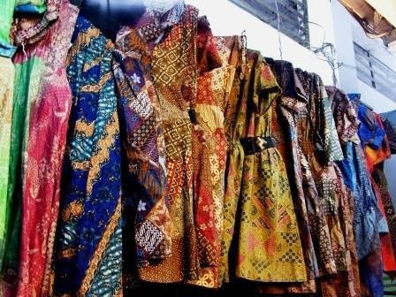 Pasar Klewer is traditional market  and the bigest wholesaler of batik in Indonesia. Located in Solo, Central Java, Indonesia.
