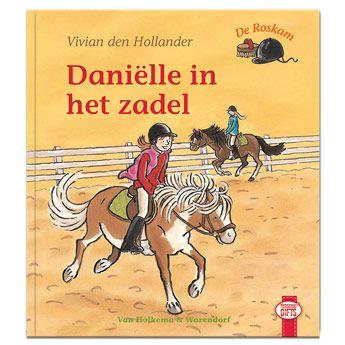 Jij houdt ontzettend van paardrijden! Op de manege krijg je paardrijles, maar op eens gaat het paard van Fleur er van door. Krijgen ze het paard nog te pakken?  #paardrijden #boeken #lezen #Personalgifts