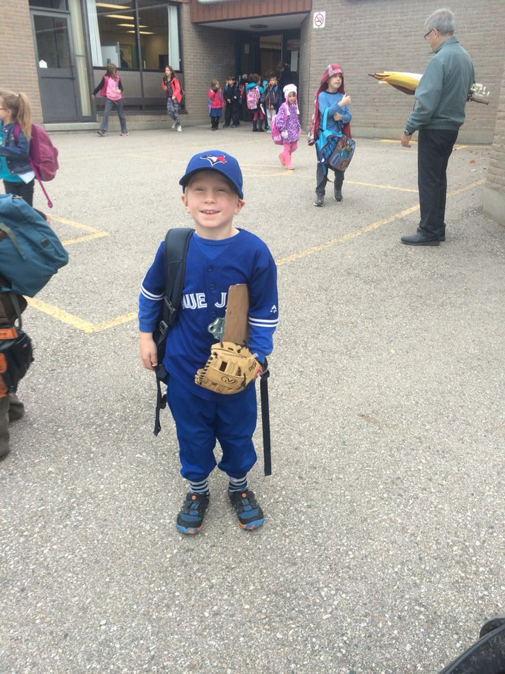 He's worn this EVERY day for over a month (washed nightly), he's up playing baseball at 6am, takes his gloves to school to play and plays ball after school. He wants to be Josh Donaldson for Halloween #JaysFever