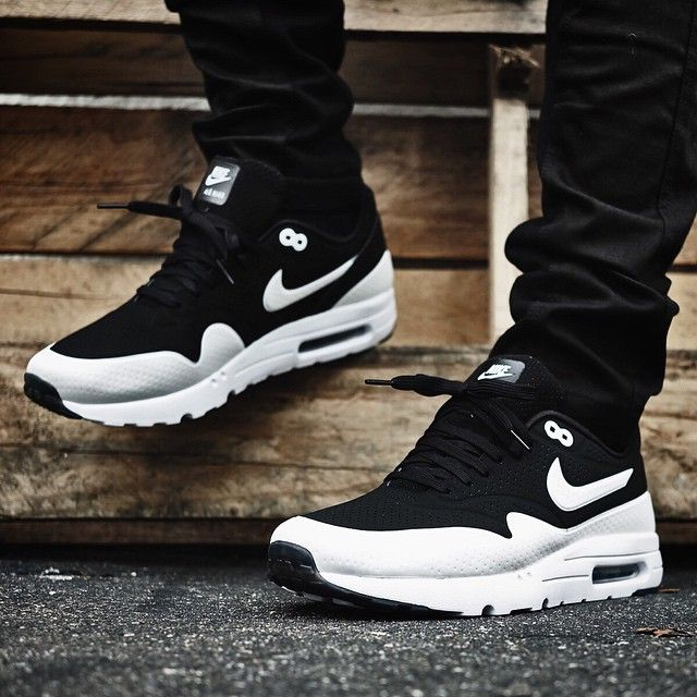 promo code 256bf a4d48 AM1 Ultra Moire (via extrabutterny)   extrabutterny   Nike US   Finishline    Men s Shoes and Accessories   Nike shoes cheap, Running shoes nike, ...
