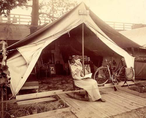 Google Image Result for http://lisawallerrogers.files.wordpress.com/2009/01/annie-oakley-in-tent5.jpg%3Fw%3D500%26h%3D404: Annie Oakley, Wild Wild, Tent, Photo, Wild West, Buffalo Bills