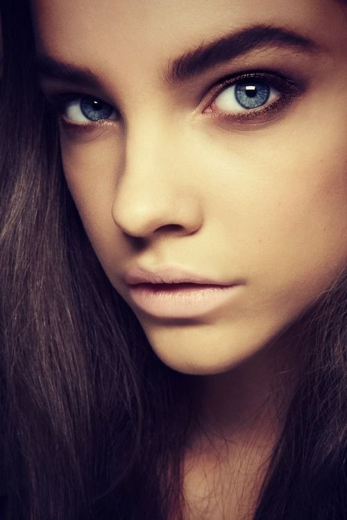 Thick Eyebrows Blue Eyes Style Inspiration Makeup Eyebrows Brows