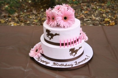 Horse and pink flower birthday cake