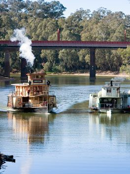 The Murray River Travel guide. The Murray River is much more than just a diviging line between New South Wales & Victoria. Australia's longest river is now a fertile agricultural region. Fav playground of Anglers & Boaties.