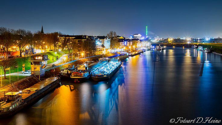 Duisburg Rhine East Bank Dammstr