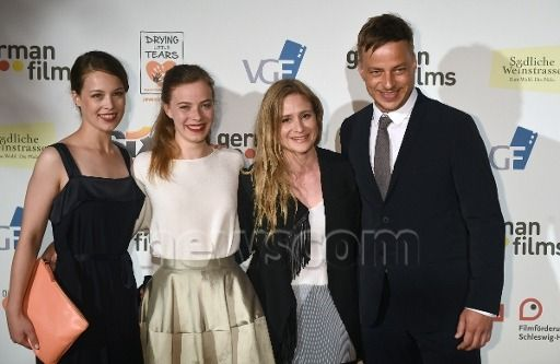 "tomwlaschiha-valarmorghulis: "" Tom Wlaschiha, Paula Beer, Saskia Rosendahl and Julia Jentsch at the Cannes Film Festival 2016 From: https://www.facebook.com/tomwlaschihafanpage/ """