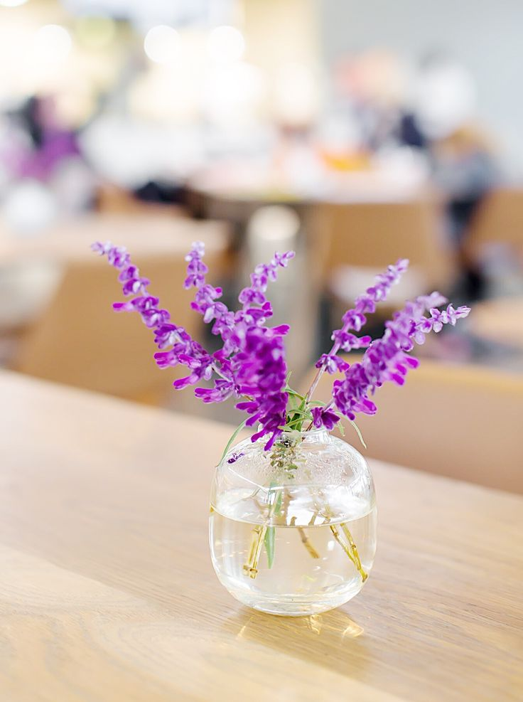 Hints of Spring. 'Butterfly Bush' from the estate adds the perfect touch of colour to the restaurant setting   Cavalli Estate, Stellenbosch, South Africa