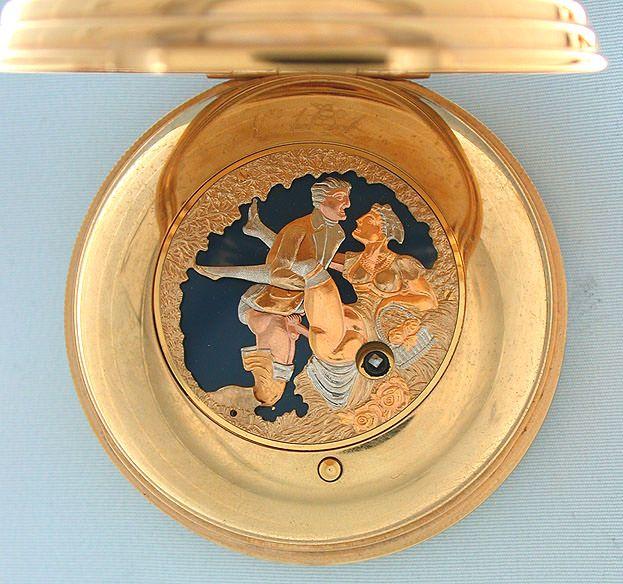 Παλιά, στα μακρινά ταξίδια οι άνδρες κρατούσαν το χρόνο (και τη στύση τους) με ερωτικά ρολόγια τσέπης
