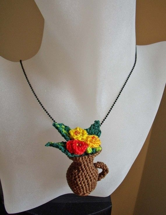 Crochet vase  and picher and flowers pendant by FiBreRomance, $2.50