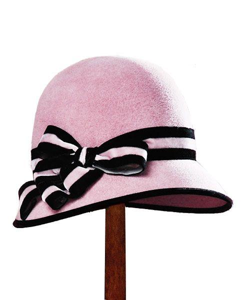 Let's all wear vintage hats!