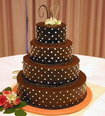stunning polka dot chocolate wedding cake