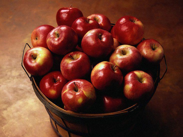 Ведро с яблоками. Замечательная притча, которую хочется цитировать - Разговоры обо всем. Отношения, жизнь.