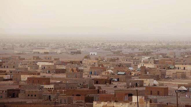 وفاة 9 أشخاص جراء الحر بموريتانيا توفي 9 أشخاص ببلدة المداح التابعة لمدينة أدرار شمال موريتانيا يوم الخميس منوعات Www Alayyam In Paris Skyline Paris Skyline