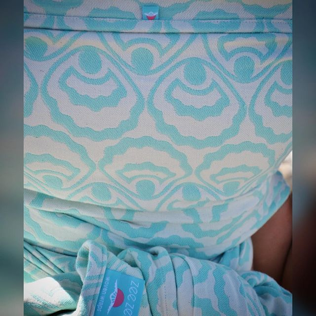 Missing summer and double hammocks on the beach. #zeezen #wovenwrap #woven #keepthemclose #carryinstyle #babywearing #toddlerwearing #beachiscalling #madeincanada #madeinbc