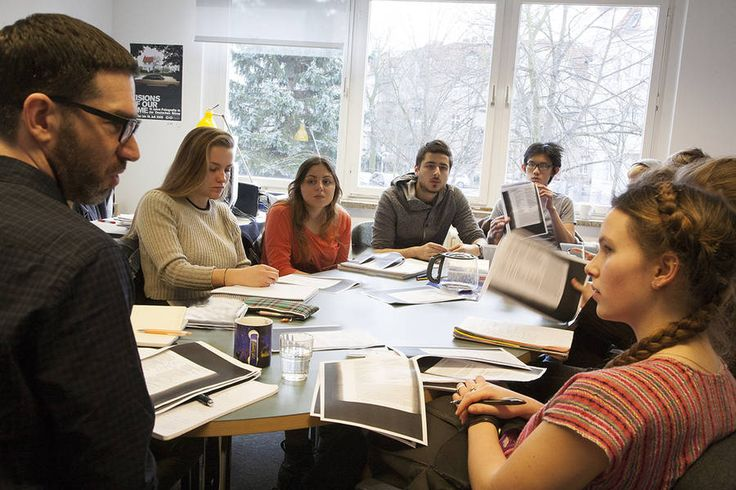 """Students discuss """"The Song of Songs"""" with faculty member David Hayes during a seminar"""