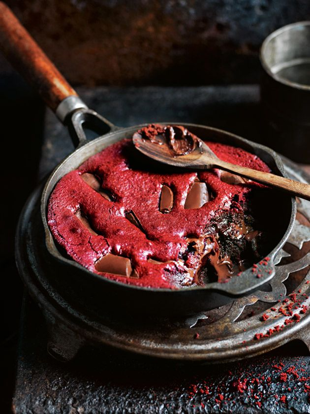 red velvet skillet brownies from donna hay magazine fast issue #88, Food photography, food styling