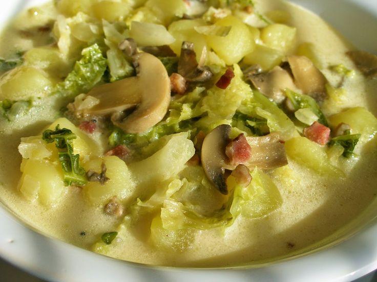 V kuchyni vždy otevřeno ...: Kapustová polévka se žampiony a smetanou