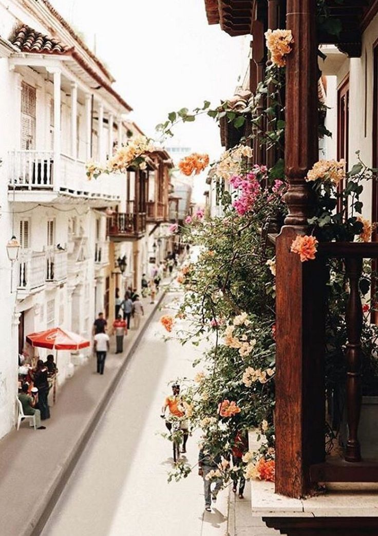 Balcony in Cartagena via @tifforelie on Instagram