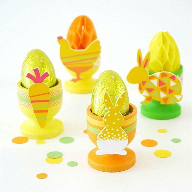 Ces mignons coquetiers sont parfaits pour décorer la table de Pâques! Le tout chez @CulturaFR ✂ . Faites défiler les photos à gauche pour voir les étapes du DIY ✂ . These cute egg cups are perfect for your Easter brunch table! Scroll left to see all DIY steps! ✂ . . . #twitter #CulturaJubile #partenariat #easter #partydecoration #crafts #diydepaques #easterpartyideas #bhgcelebrate #diy #páscoa #diyblogger #pâques #springtable #springcrafts #tabledecor #decor #parties #events #tabl...