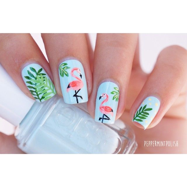 Ever since I participated in the Essie Olympics I've wanted to re-do my flamingo…