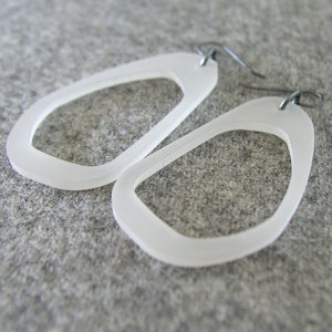 Pod Earrings Clear