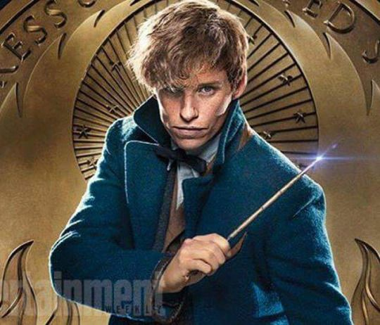 Newt Scamander - A new pic from EW!!