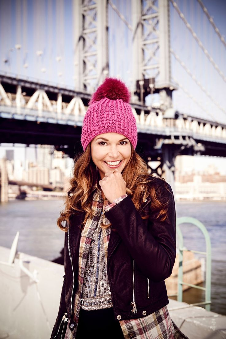 Love Liza's pom hat. Get one in a bright color to lighten up a cold day. From the creator of Sex and The City, 'Younger' stars Sutton Foster, Hilary Duff, Debi Mazar, Miriam Shor and Nico Tortorella. Click to discover full episodes.
