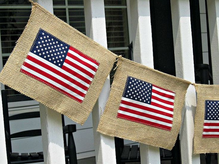 DIY Burlap Flag Banner. 4th of July/Independence Day decoration for front porch or party.