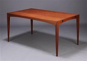 Dansk møbelproducent. Spisebord, teaktræ, 1960'erne