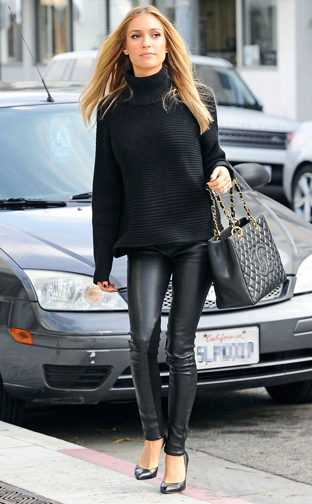 Buy the cheapest fashion @ www.kpopcity.net!! A pregnant Kristen Cavallari looks super stylish in this all-black look. #style