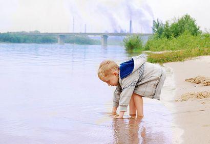 Maternité, pollution air, enfant, conseils, environnement. http://www.coupdepouce.com/mamans/parents/devenir-et-etre-parent/pollution-de-l-air-10-conseils-pour-proteger-nos-enfants/a/57105#article_comments