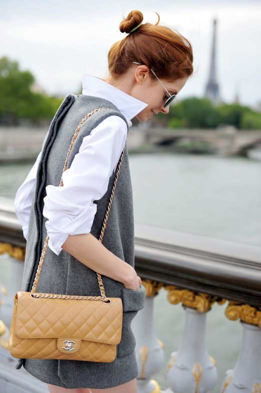 parisian style: Stella Mccartney, Parisians Chic, Chanel Bags, Chanel Pur, Outfit, Gucci Pur, Shift Dresses, Parisians Style, French Chic
