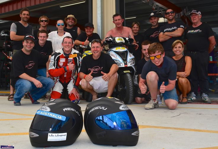 Reevu Helmet teams in 2013 Le Minz 24-Hour Scooterthon. Reevu was a presenting sponsor.