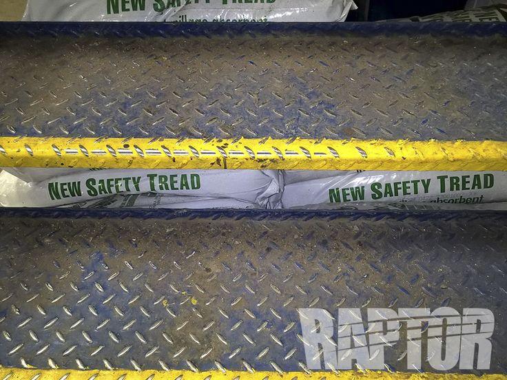BUS STEPS: Before Full Overspray #raptorised