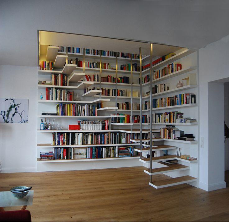 L'escalier-bibliothèque de mes rêves !!