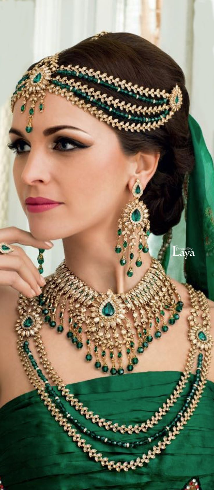 Classy Green Themed Bridal Complete Jewellery