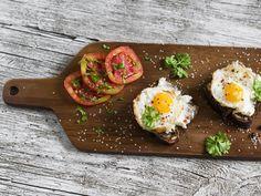 Wer sich gesund ernähren will, kennt das: So viele Regeln und zu wenig Rezepte, die sagen, wie es richtig geht. Mit diesem Paleo-Snack liegst du von früh bis spät richtig.